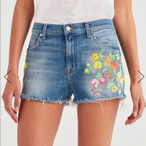 7 For All Mankind Floral Embroidery Fray Hem Short